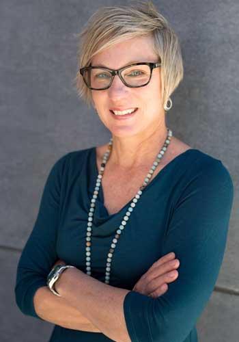 Headshot of Tracy Markle
